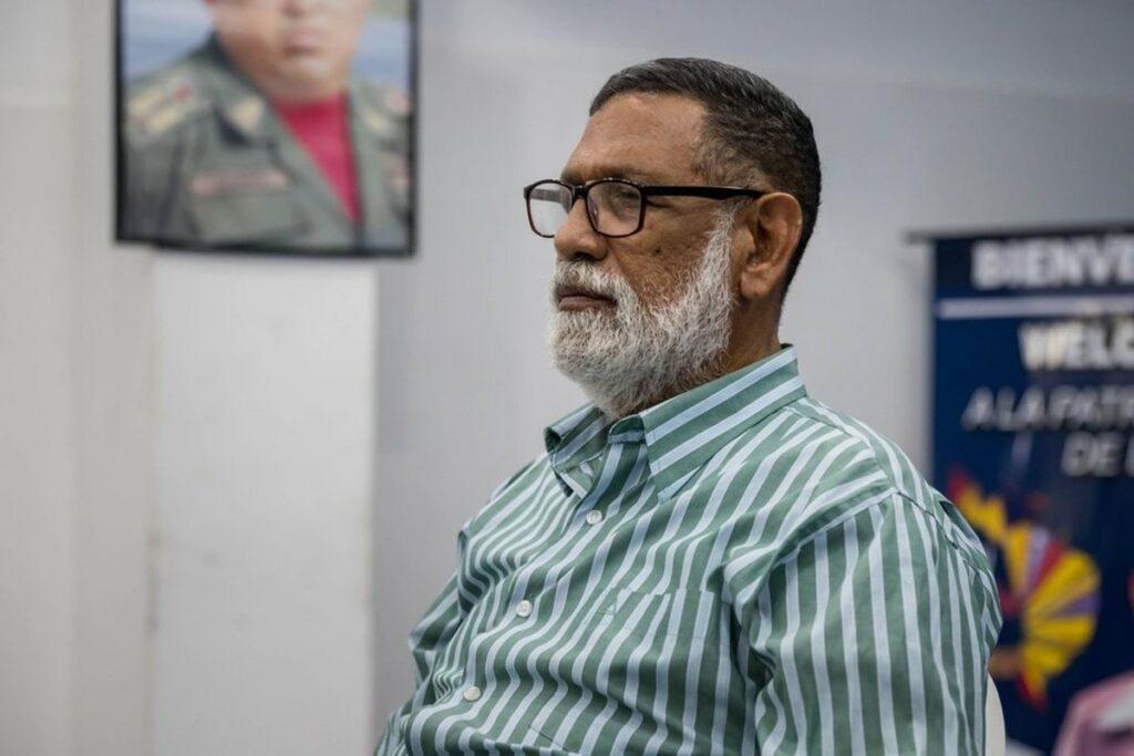 Descripción: Descripción: Descripción: Rafael Uzcátegui, dirigente del PPT: La intención de Erika Farías era  destruirme moralmente